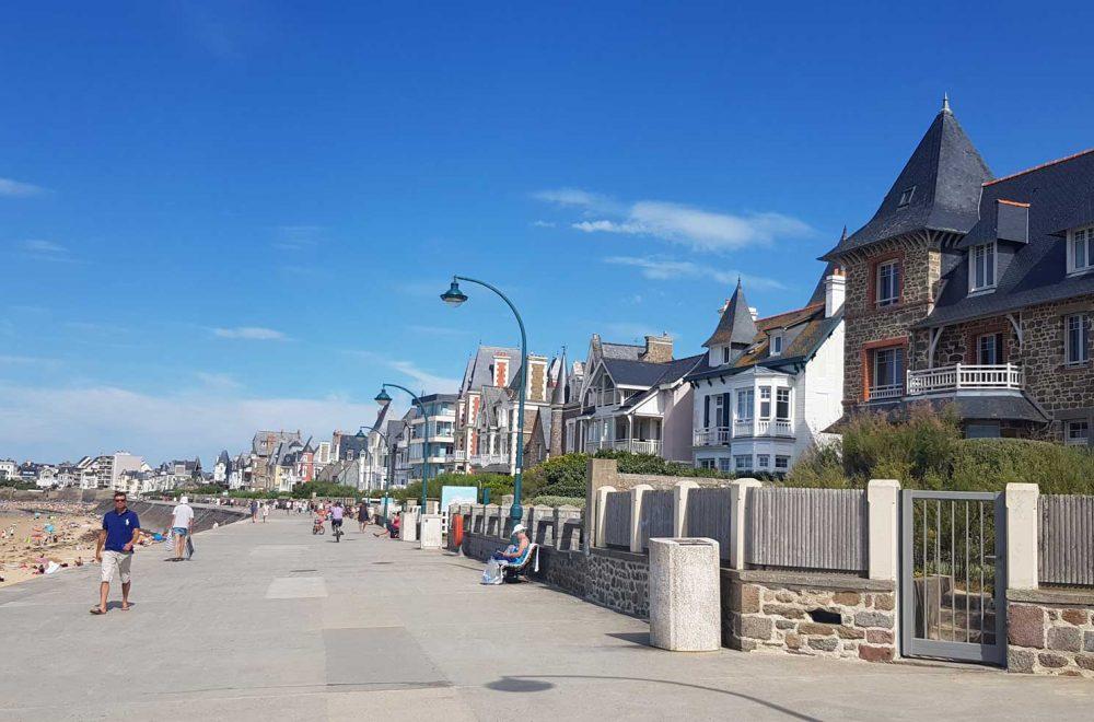 Strand von Saint-Malo in der Bretagne